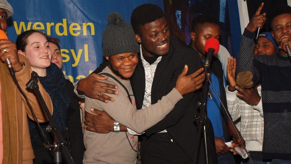 Alassa Mfouapon ist zurück in Deutschland!!!