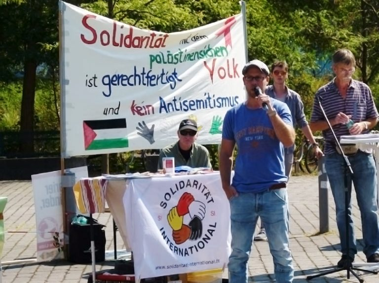 Spannende Kundgebung und interessante Diskussionen über die berechtigte Kritik an der israelischen Regierung und für die Freiheit Palästinas